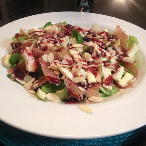 Salada parma brie