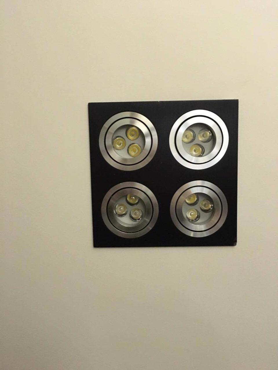 Banheiro Social: Iluminação Central