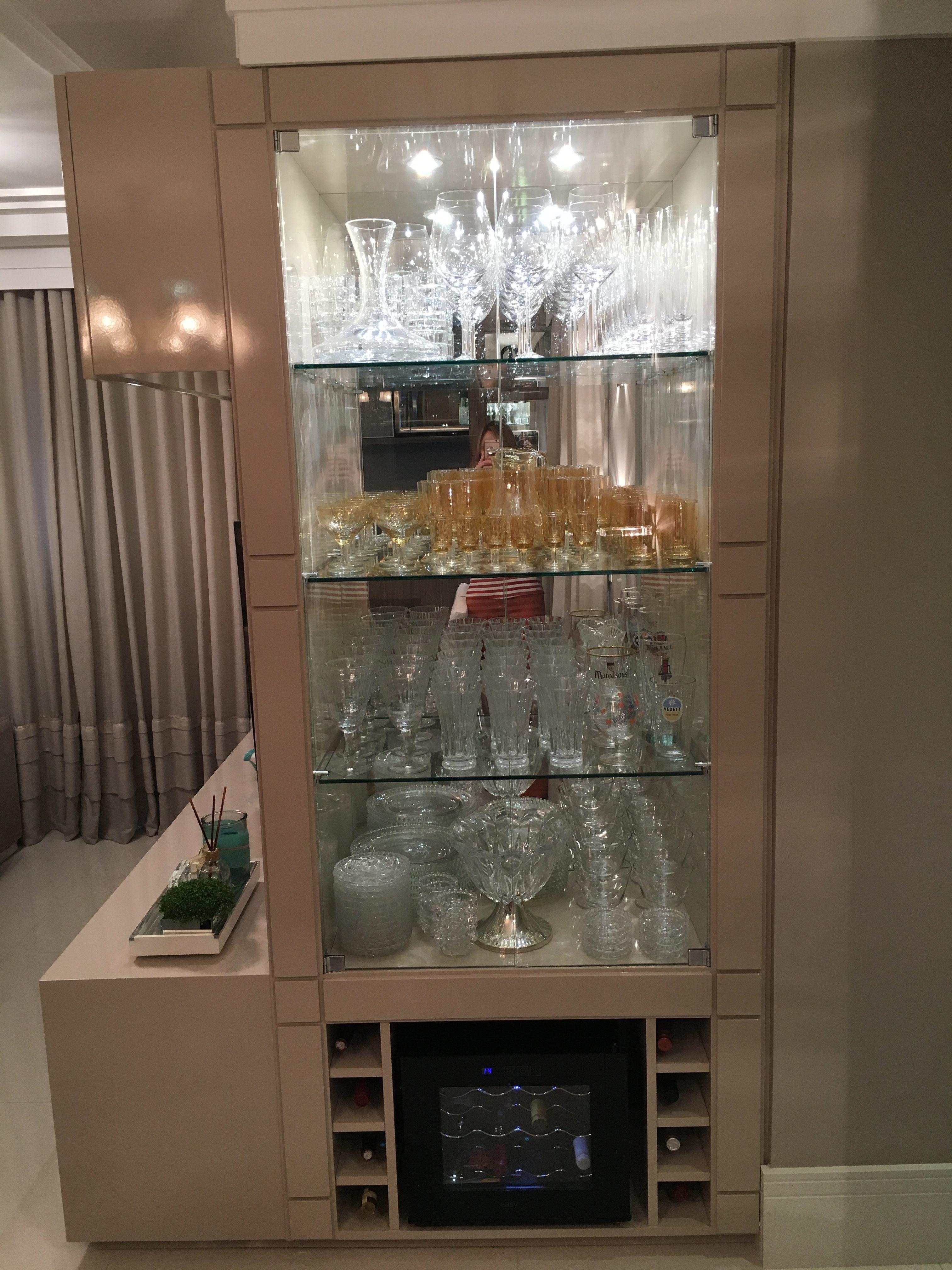 Cristaleira Embutida De Vidro Espelho E Laca