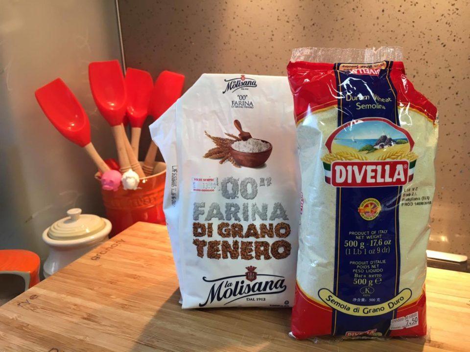 Como fazer massa fresca - Farinha e Sêmola